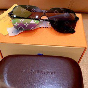 Louis Vuitton Monogram Sunglasses~~